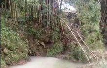 砼安建材有限公司排污水到河里希望有关部门能及时处理