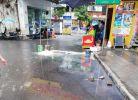 位于火炮街天桥下处,无论天晴下雨,街上面都有积水(已回复)