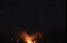 鱼钟站里面烧好大的火