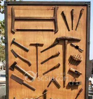 江油传统木匠之工具  锛锄,刨子,钻子,锯子等等,