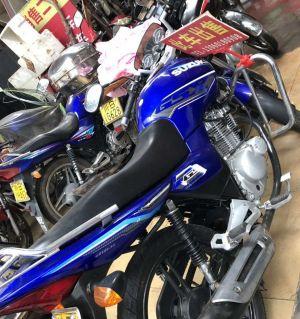 二手铃木摩托车