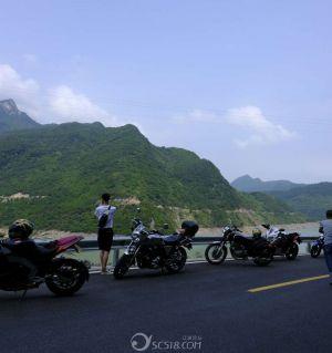 摩游 江油涪江六峡 观溪流