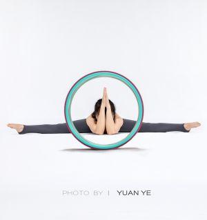 让瑜伽展现最美的你!