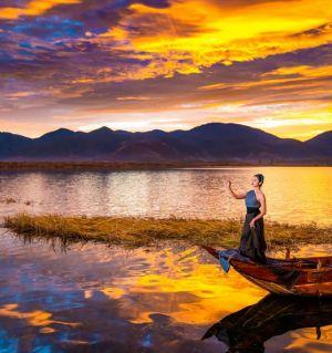 游泸沽湖2