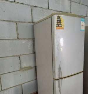 出售一台容声冰箱