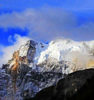 稻城亚丁自然保护区的雪峰
