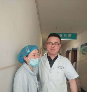 感謝武都鎮四分廠醫院的護士唐翠和那位醫生