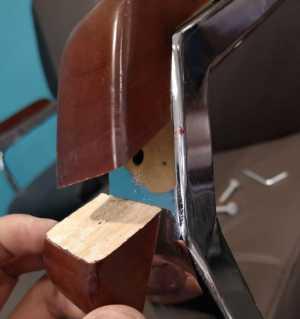 凳子扶手断裂,修复效果老板很满意