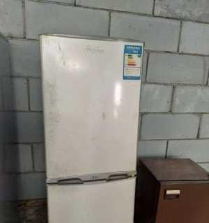 出售一台冰箱