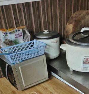 厨房用具,有没有哪个要回收的?