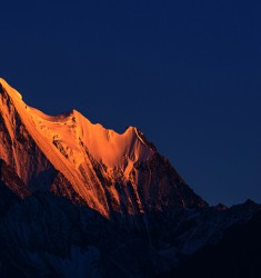 傍晚的神山