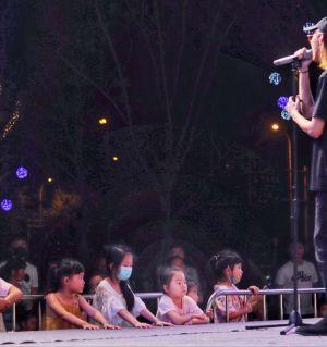 宝龙广场活动随拍,手机拍的,新手多多交流