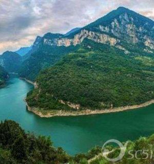 《故乡的河——涪江》 李政虹